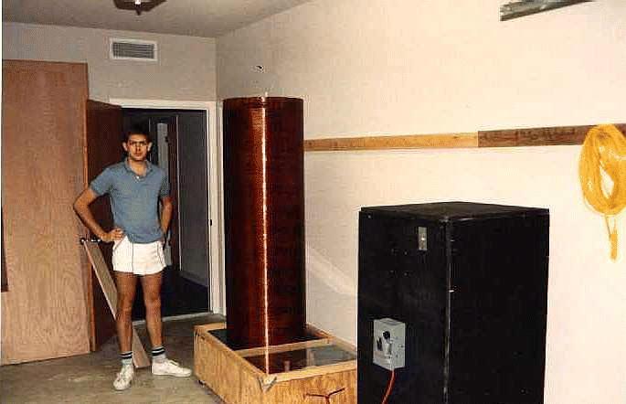 A 1 5 Million-Volt Tesla Coil